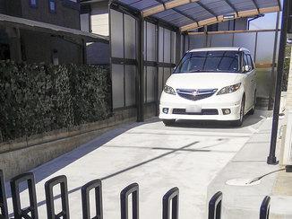 エクステリアリフォーム 庭を実用重視のカーポート&駐車スペースに